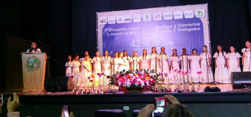 En Antioquia le canta a Colombia